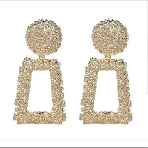 Jewelry - Zara like gold earrings